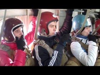 Авиакоманда УИО СДР. Прыжки с парашютом. Аэропорт Оек - YouTube