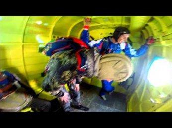 ПАРАШЮТНЫЙ СПОРТ 86 Прыжки 05 09 15 ФПС Югры - YouTube